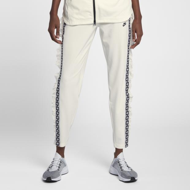 Nike.COM.HK 折上折優惠碼:購買2+件減價貨品,可享額外85折優惠:第19張圖片